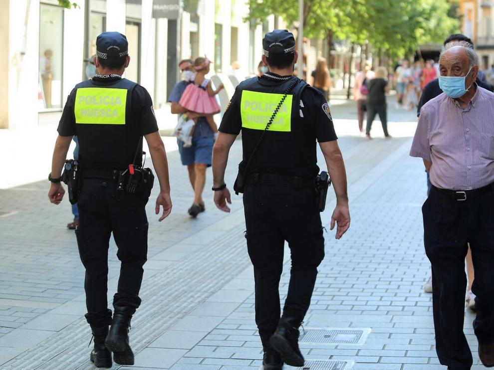 Casi 300 multas por no llevar mascarilla en la última quincena en la provincia de Huesca