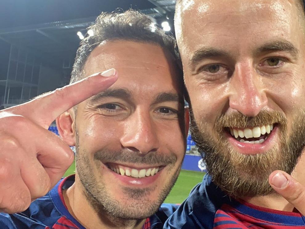 Dos victorias, dos empates y 27 futbolistas utilizados por el Huesca en pretemporada