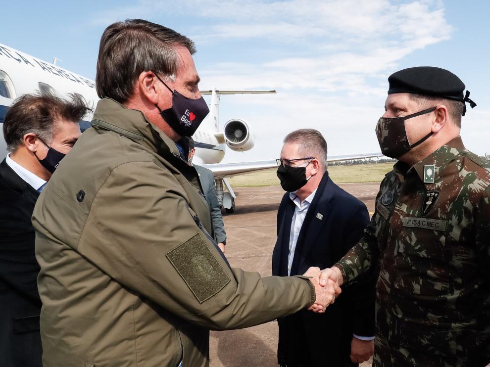 "Bolsonaro vuelve a desafiar al virus ""¿Tienen miedo de qué? ¡Enfréntenlo!"""