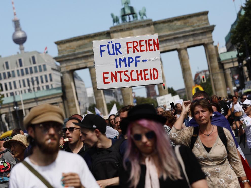 La marcha negacionista de Berlín proclama el fin de la pandemia