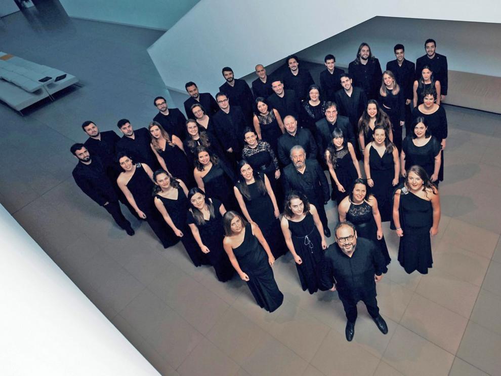 El León de Oro se rinde ante los polifonistas hispanos