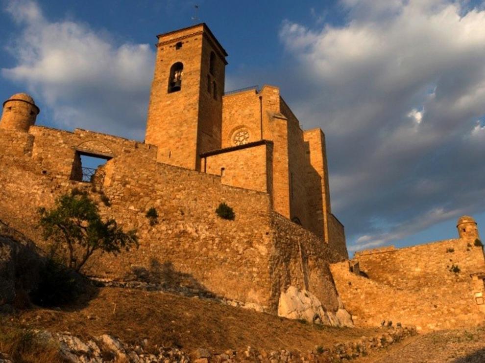 Los Condes de Ribagorza coronan Benabarre