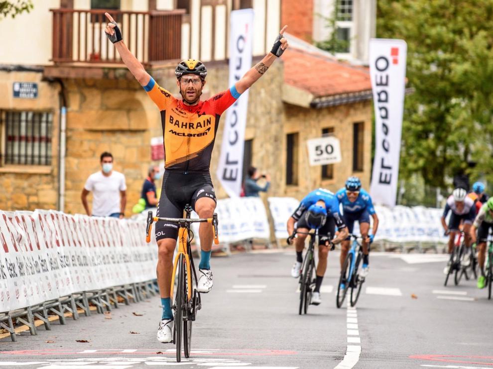 Buen debut de Arcas y victoria de Caruso en el Circuito de Getxo