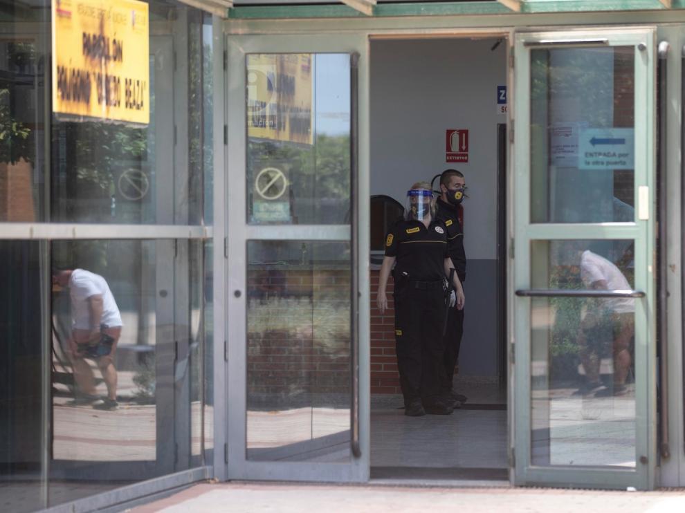 Continúa la búsqueda de los argelinos fugados mientras guardaban cuarentena