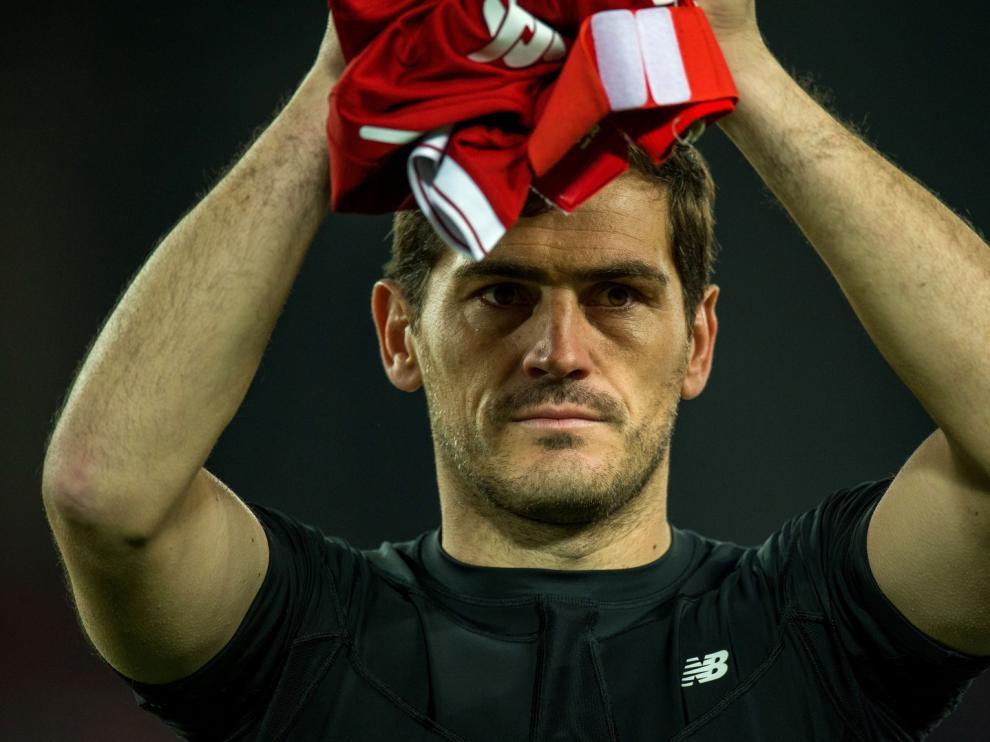 Iker Casillas dice adiós al fútbol profesional