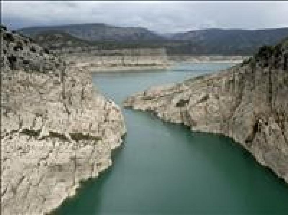 El Consejo de Ministros aprueba el trasvase desde el pantano del Ebro