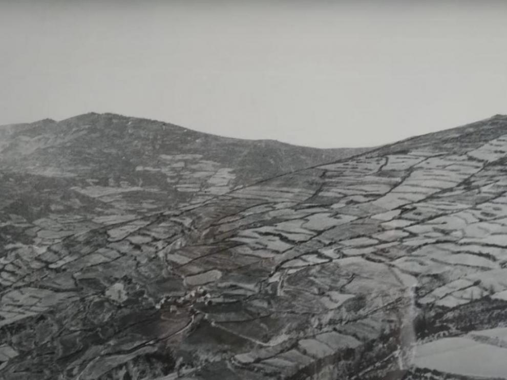 Óscar Latas comenta dos fotografías de Fritz Krüger
