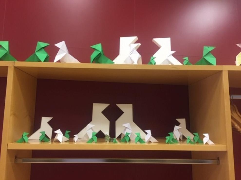 Las Bibliotecas de Huesca se llenan de pajaritas de papel
