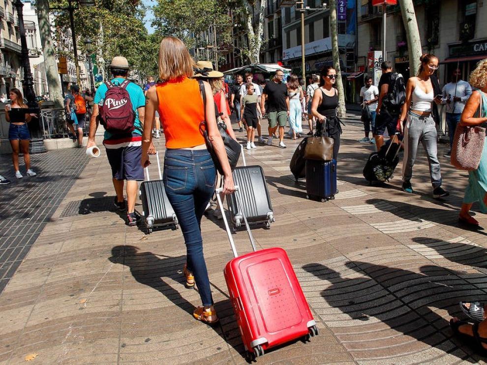Francia desaconseja viajar a Aragón, además de a Cataluña, por el coronavirus