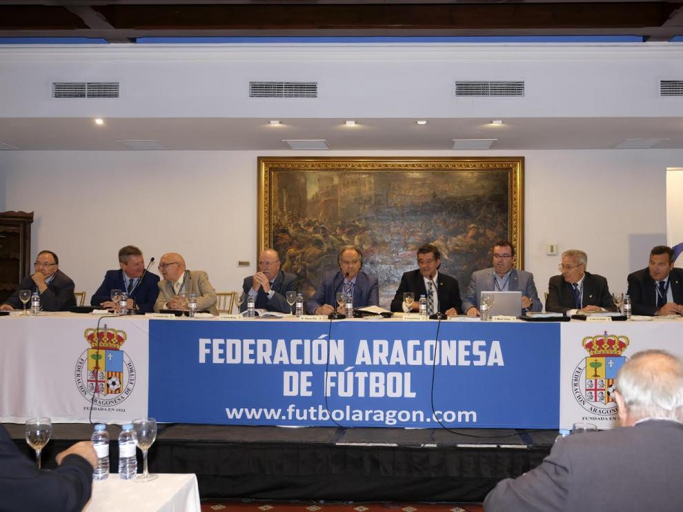 """La Federación Aragonesa de Fútbol manifiesta """"su decidido apoyo"""" al Zaragoza"""