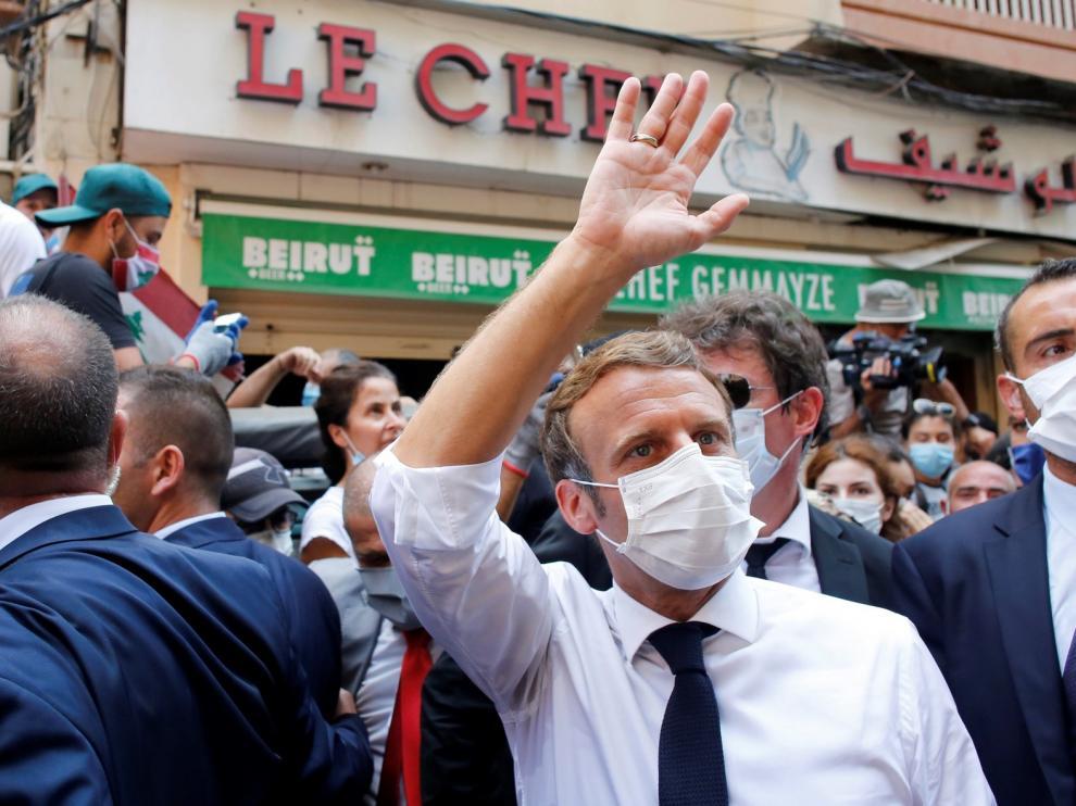 Macron promete ayuda pero pide reformas a los líderes libaneses