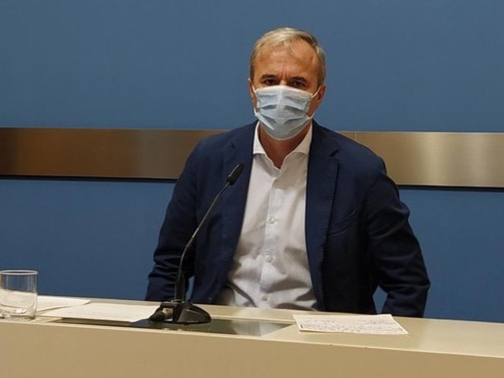 """Azcón recuerda que hay que """"seguir en alerta"""", porque """"el virus no distingue a nadie"""""""