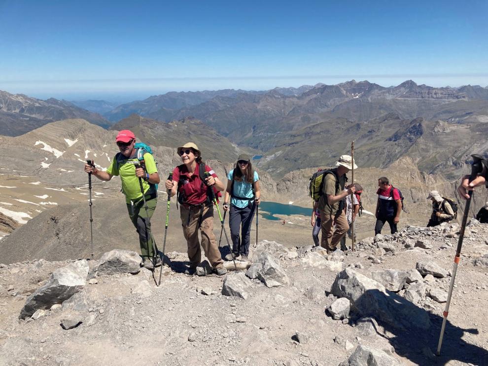 """Las """"Plantas de las cumbres del Pirineo"""" brillan en Monte Perdido"""