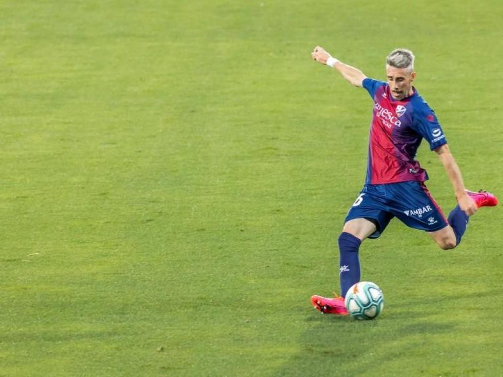 El Huesca confirma la renovación de Lusinho