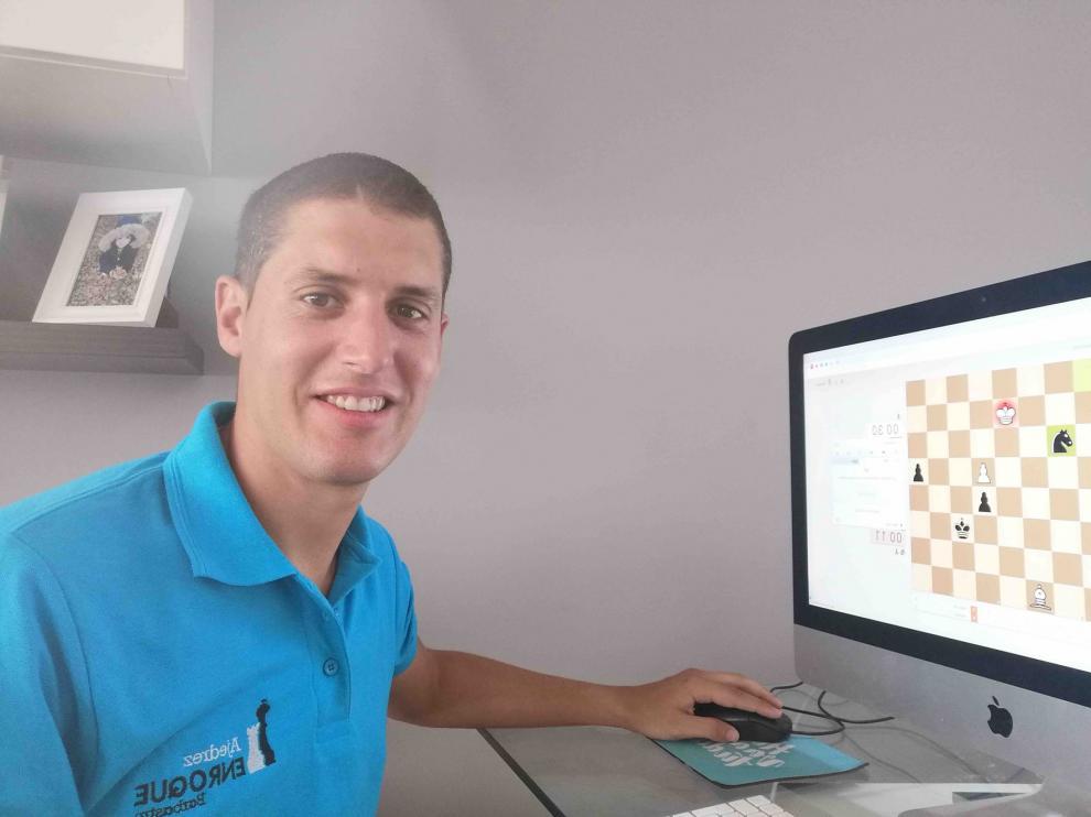 El barbastrense Néstor Escuer, campeón del XVI Circuito de Ajedrez del Somontano