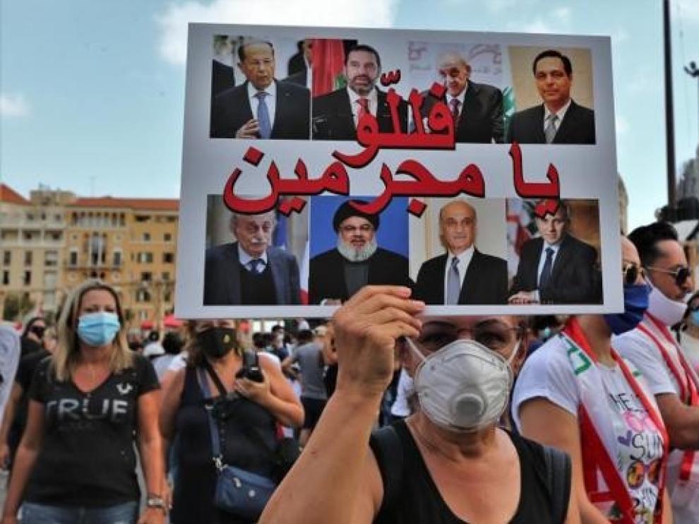 La explosión del puerto de Beirut tumba al Gobierno del Líbano