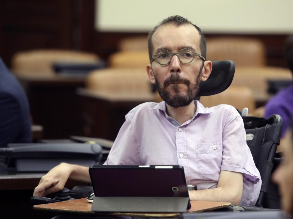 """El exabogado dice que algunos en Podemos """"metieron la mano"""""""