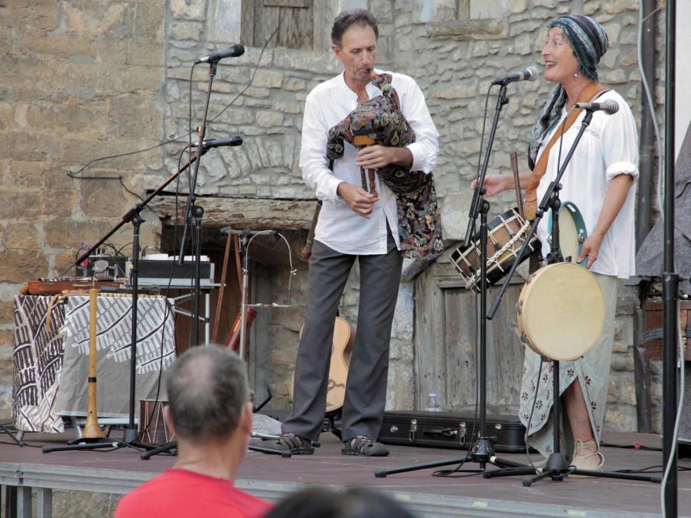 Festivo y gran directo de piezas tradicionales gracias a La Chaminera