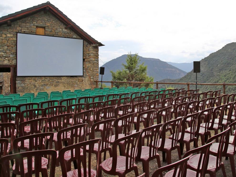 La IX Muestra de Cine más pequeña del mundo, solo al aire libre