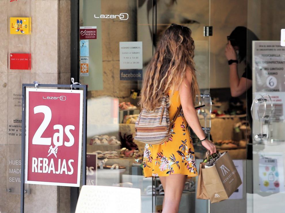 El Ayuntamiento de Huesca lanza 300.000 euros en bonos descuento