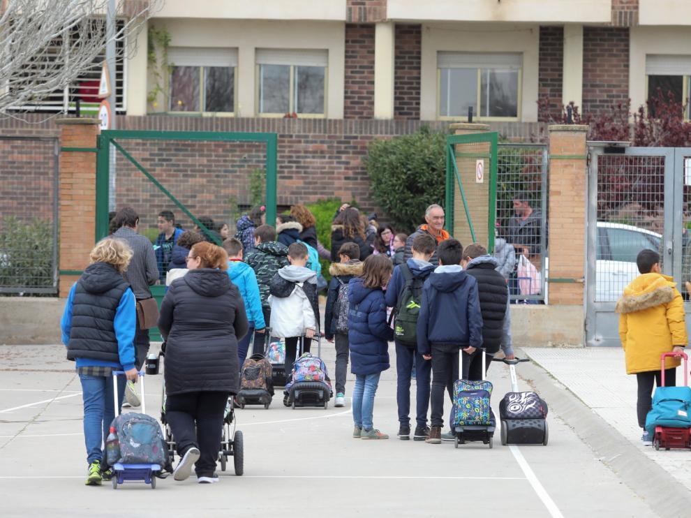 El Gobierno de Aragón ha cerrado 23 aulas de 19 centros educativos de la provincia de Huesca esta semana por covid