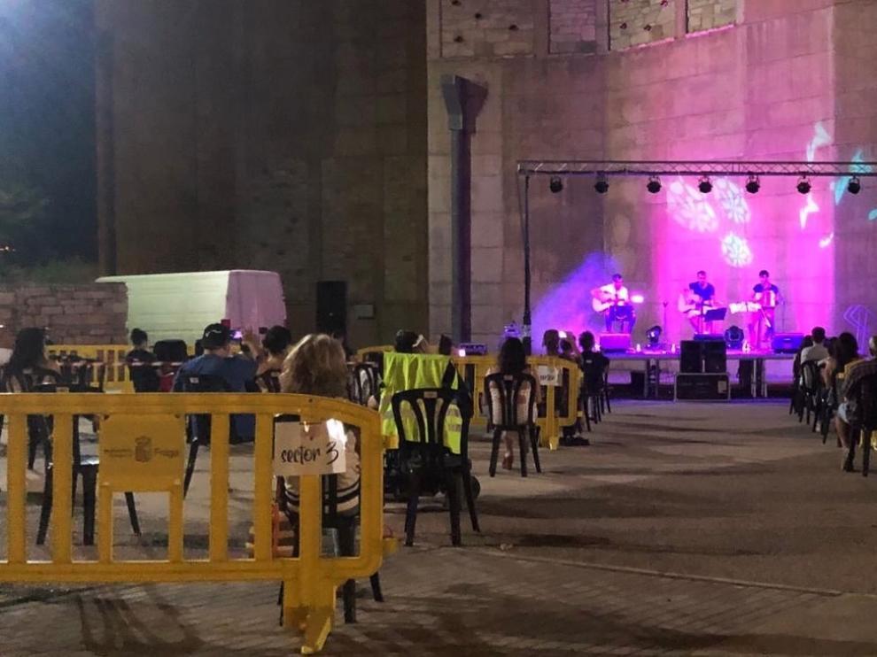 El grupo zaragozano Erizo actúa en El Castell de Fraga