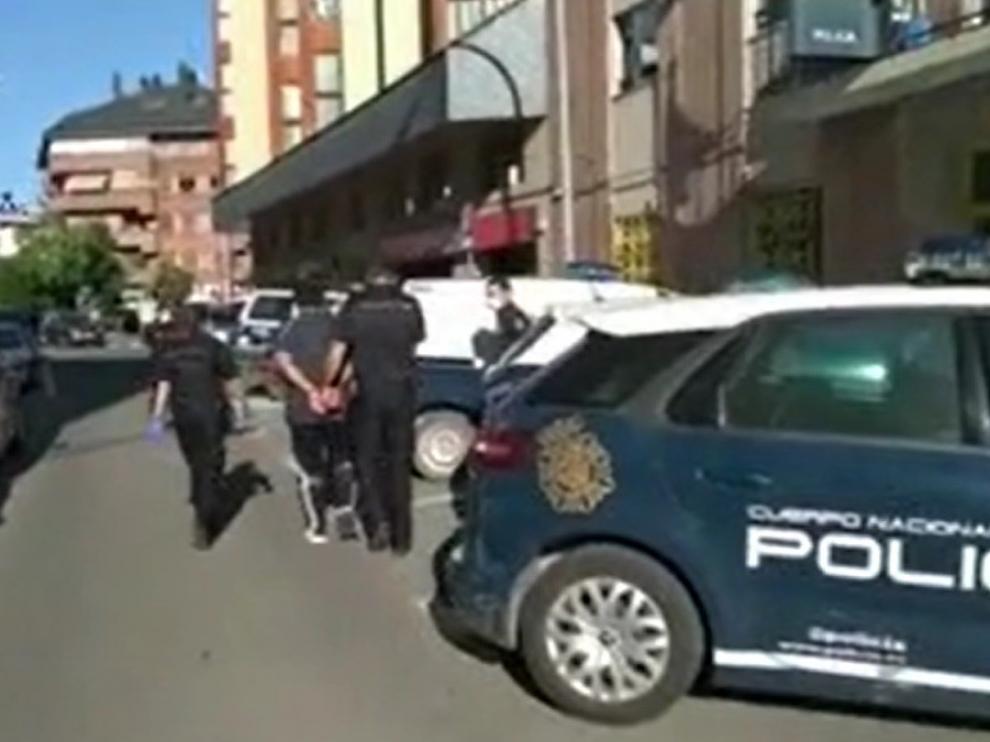 La Policía Nacional detiene en Jaca a un fugitivo buscado internacionalmente por un homicidio en Pakistán
