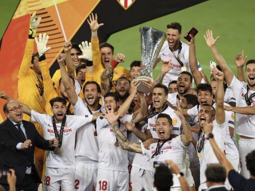 El Sevilla alcanza de nuevo la gloria con su sexto título de Liga Europa