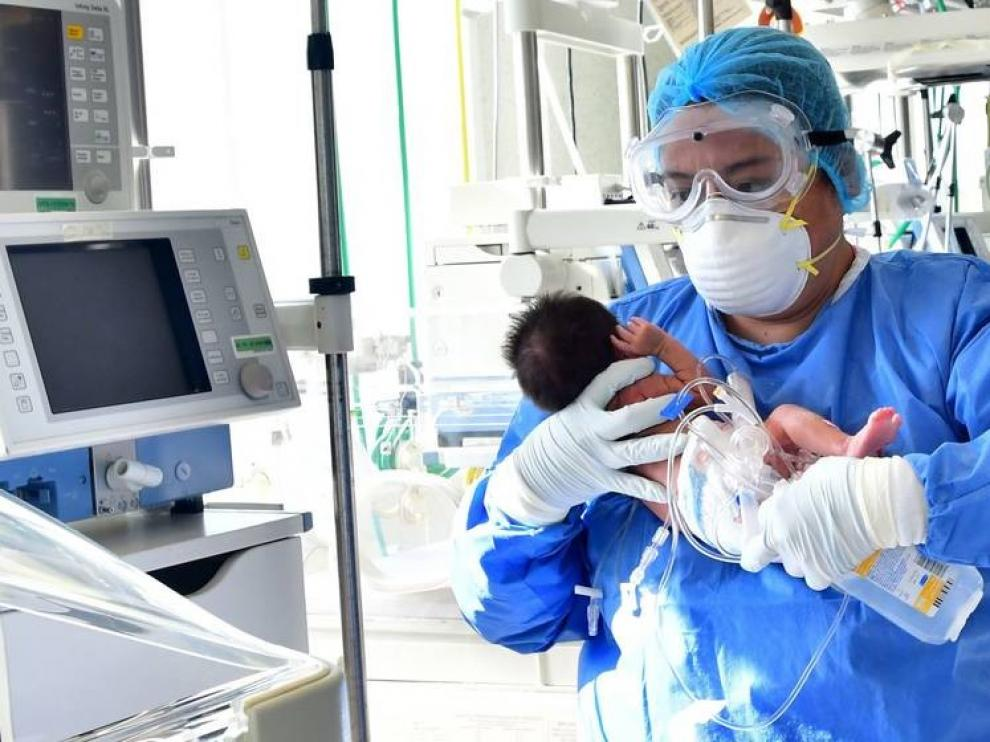 Cuarenta bebés se han contagiado de coronavirus en su primer mes de vida en España