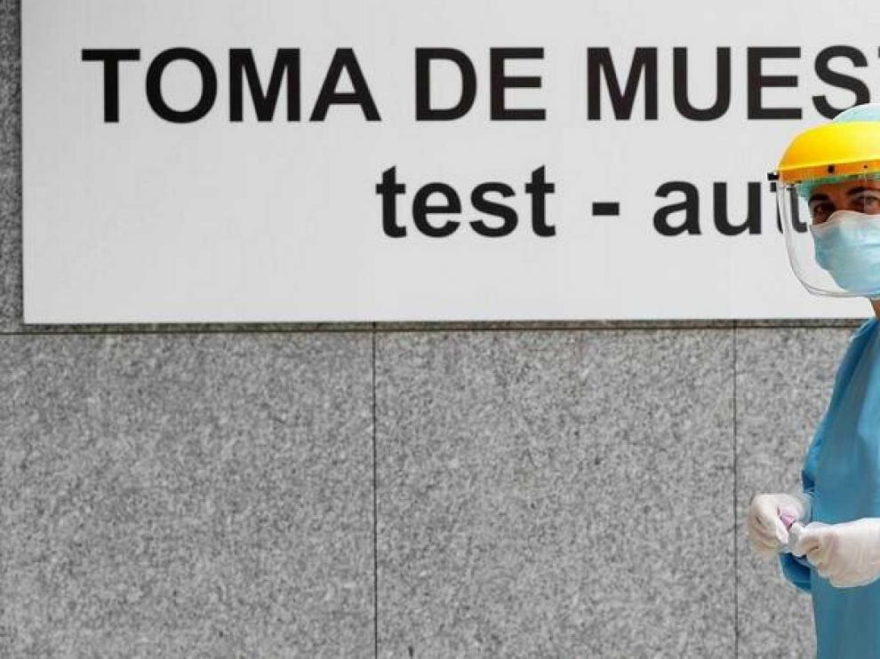 El 14,4 % del total de casos de covid registrados en Aragón se encuentran en Huesca