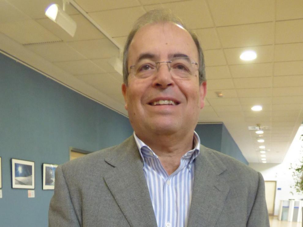 """José Ignacio Castaño, gerente de la zona de Huesca del Salud: """"No es cuestión de culpabilizar sino de un esfuerzo de transmisión de normas"""""""