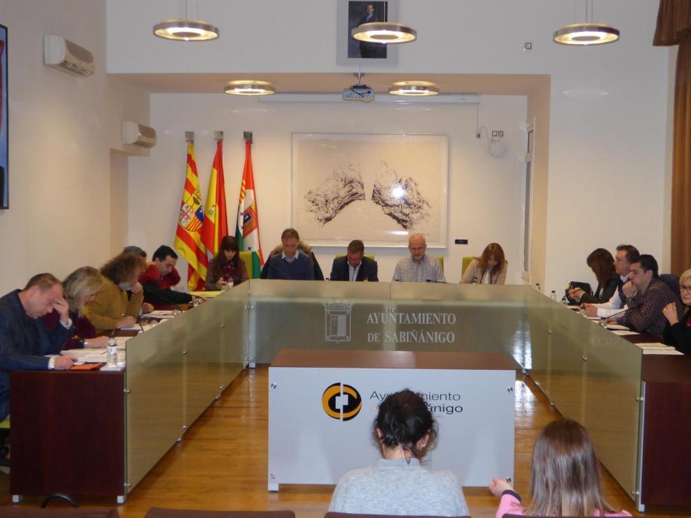Las telecomunicaciones y el curso escolar, a debate en pleno municipal de Sabiñánigo