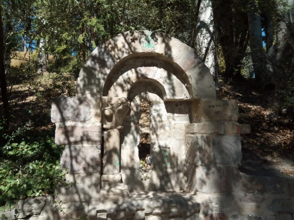 CHA reclama la limpieza, adecentamiento y señalización de elementos patrimoniales en Sabiñánigo