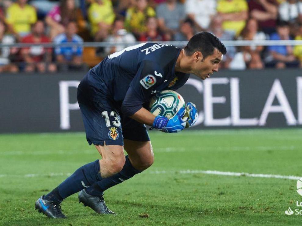 Andrés Fernández regresa al Huesca
