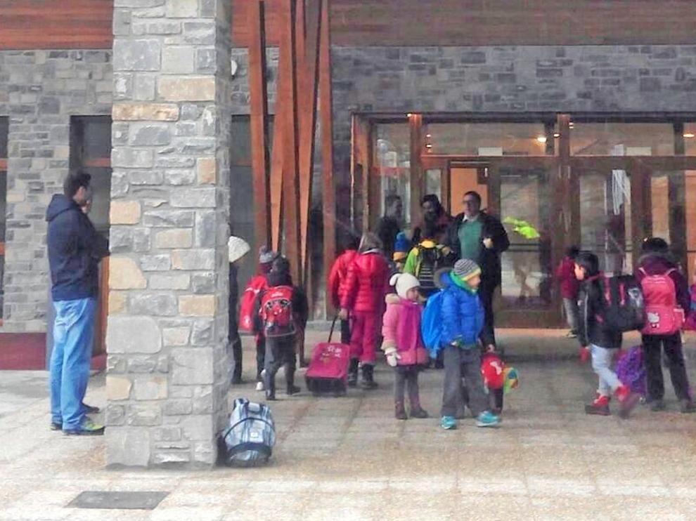 La DGA mantiene la línea regular para alumnos de ESO en Biescas