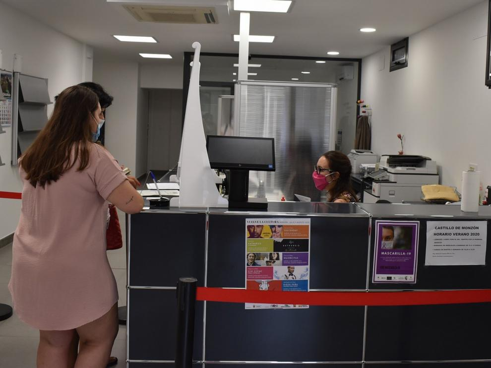 El Ayuntamiento de Monzón concede ayudas covid-19 a 246 autónomos y pymes