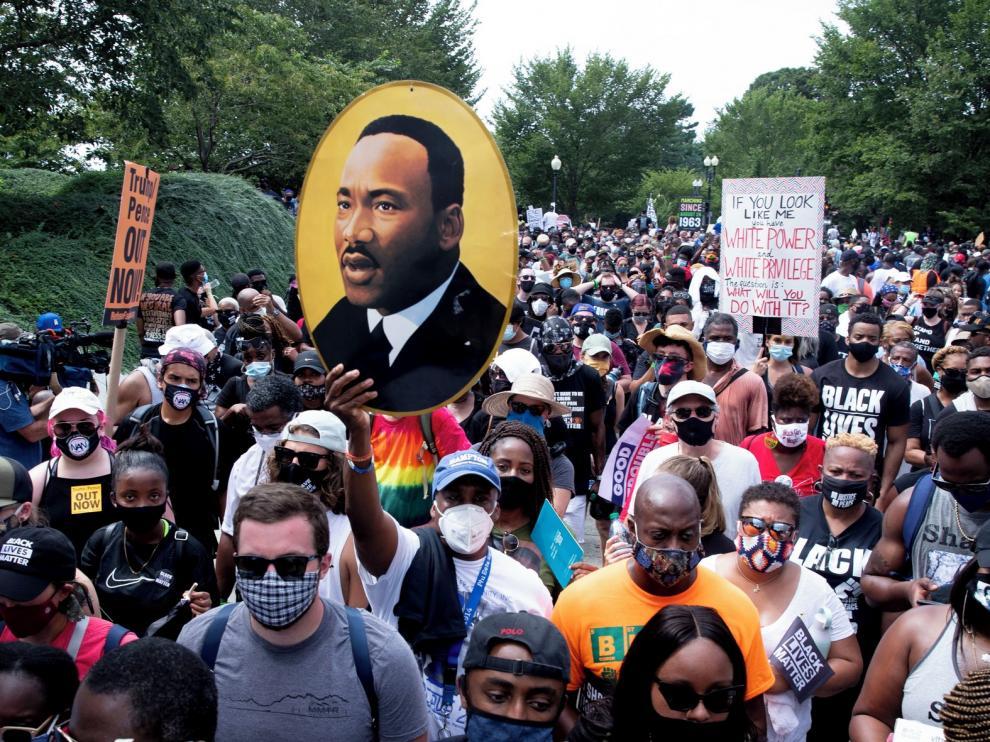 Miles de personas piden justicia contra el racismo en EE. UU.