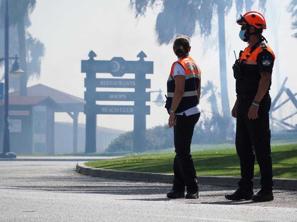 Activado el nivel 1 en incendio de Estepona, que afecta a centros turísticos