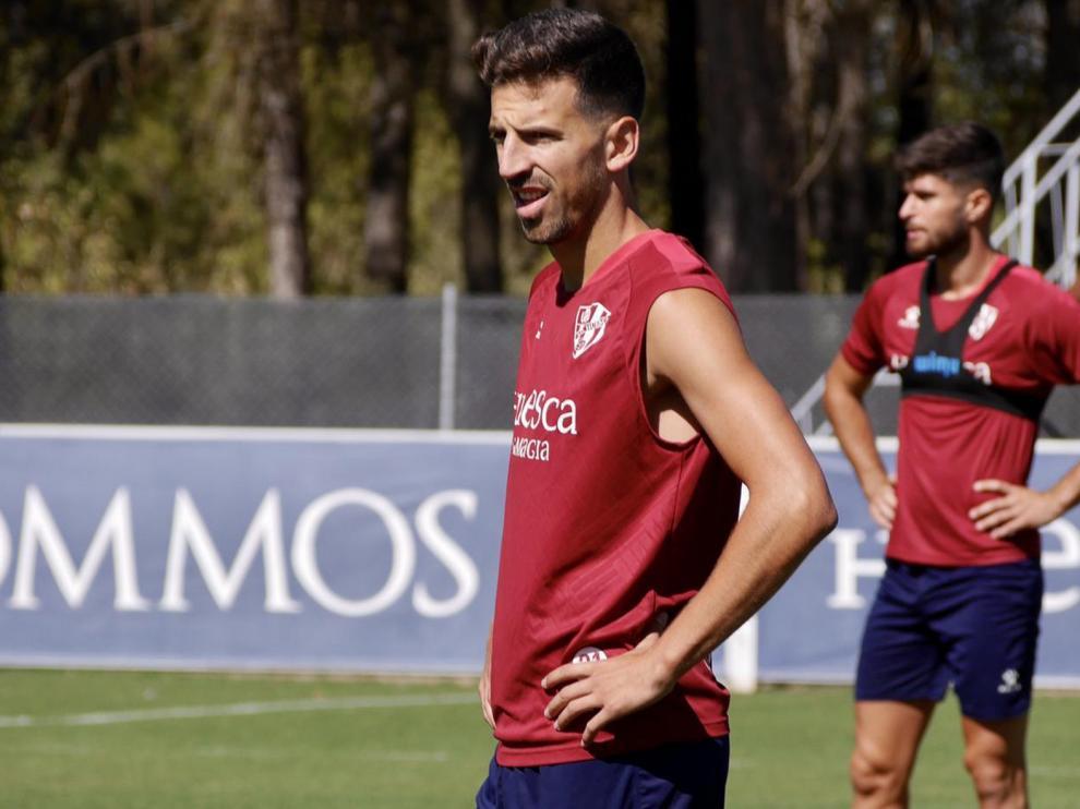 Juan Carlos ve a un Huesca competitivo y reconocible