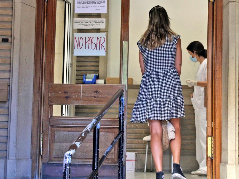 Fuerte subida de los contagios por coronavirus en la provincia mientras la UCI se mantiene
