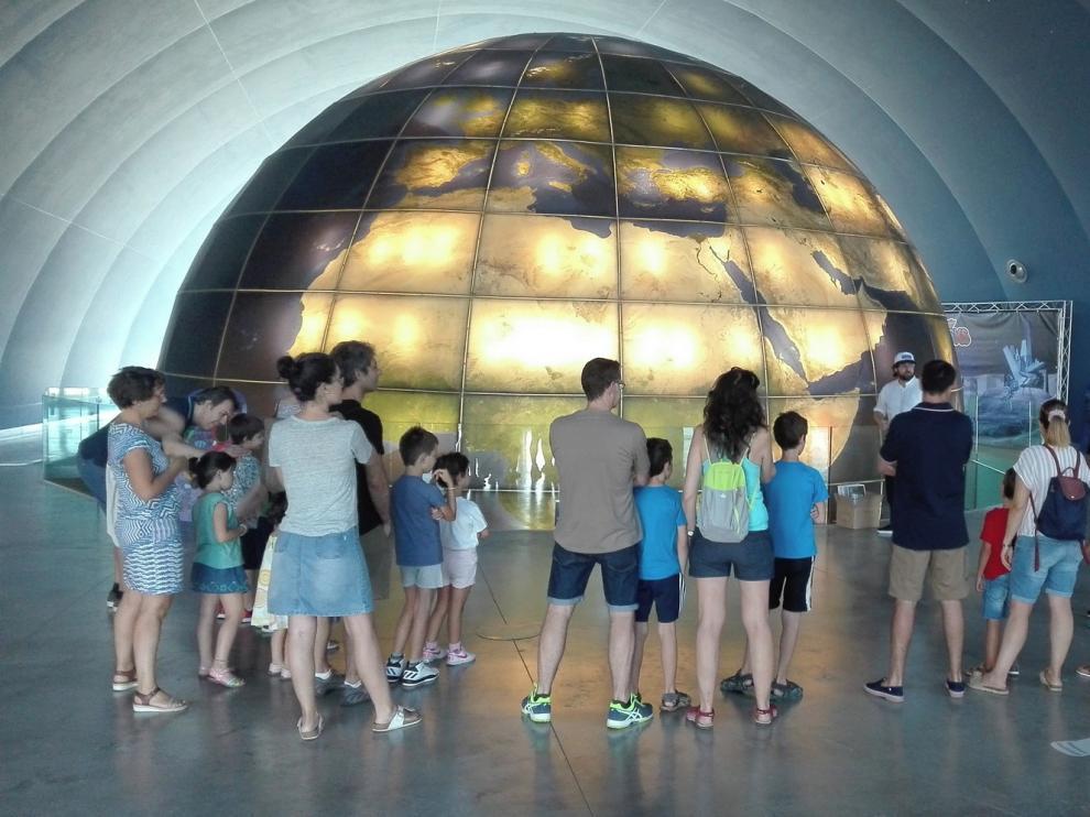 Los jueves de este mes, ciencia y música en el Planetario