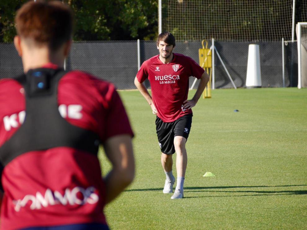 """Eugeni: """"En el Huesca somos una familia y eso es lo que nos va a hacer ganar partidos"""""""