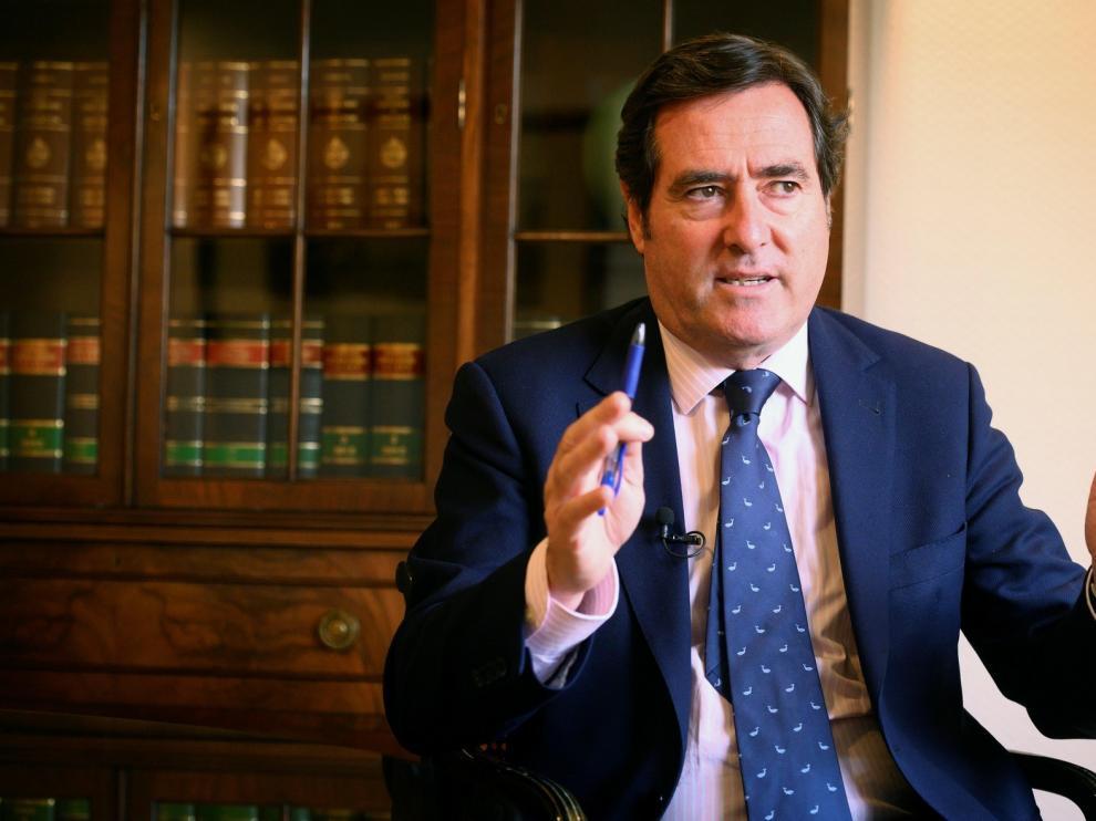 La CEOE reclama un plan de ayuda integral al turismo
