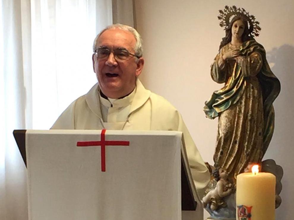 Monseñor Pérez oficia en Barbastro la misa crismal