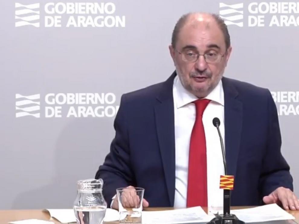 Lambán pide a Sánchez prestaciones por el cuidado de hijos sin coste para empresarios
