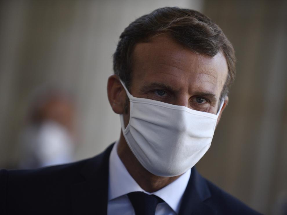 Francia tuvo que cerrar 22 escuelas por covid tras el inicio del curso