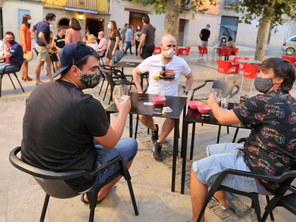 Cuatro locales de ocio nocturno de Huesca reabren como bar-cafetería