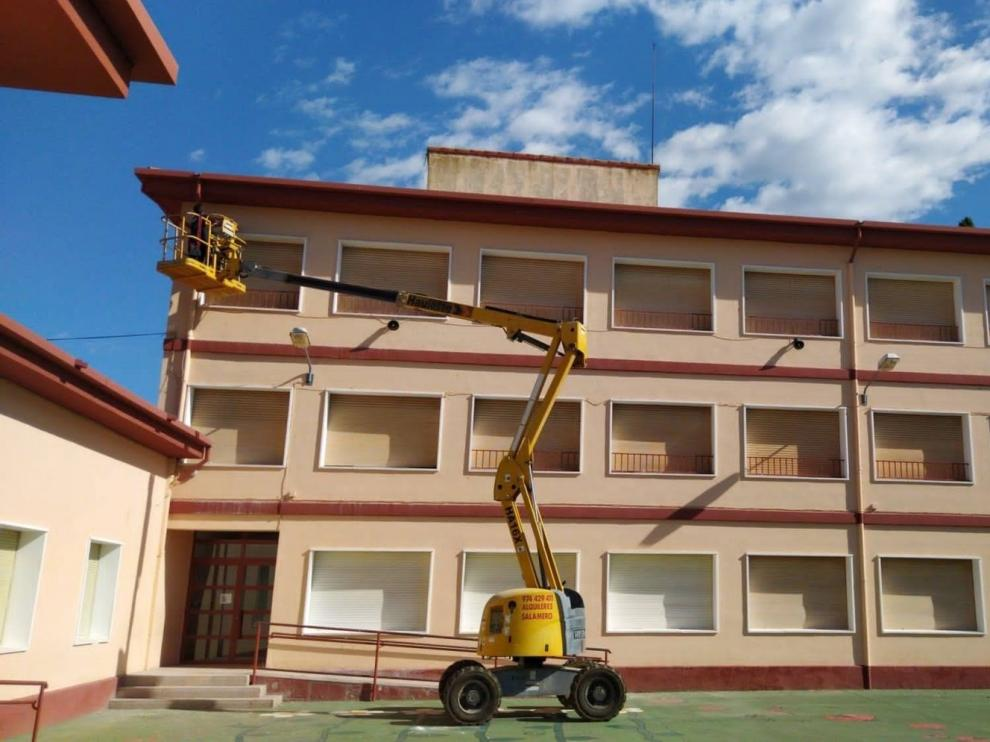 Los ayuntamientos de la provincia de Huesca se vuelcan en su apoyo a los colegios