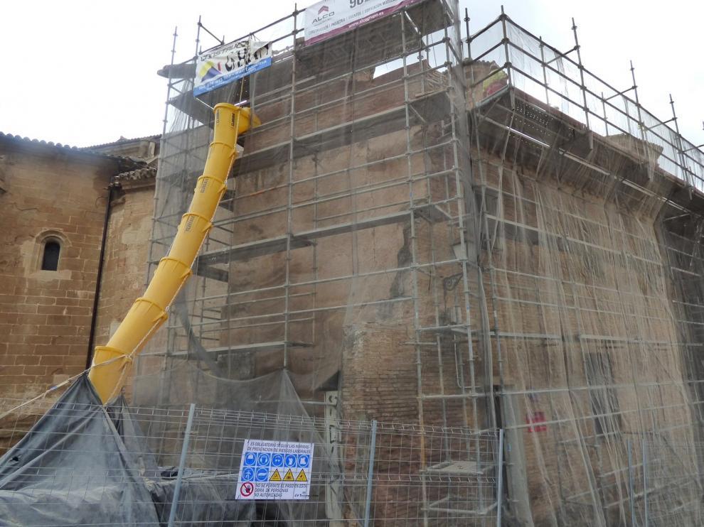Obras en una vivienda anexa a la catedral de Barbastro