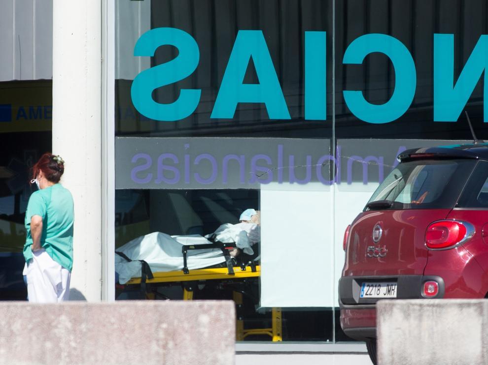 Crece la presión en hospitales por los ingresos por covid-19